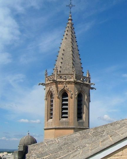 Clocher et coupole de la cathédrale Saint-Siffrein à Carpentras - Vaucluse